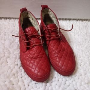 Del Toro Red Quilted Leather Chukka Sneakers - 8